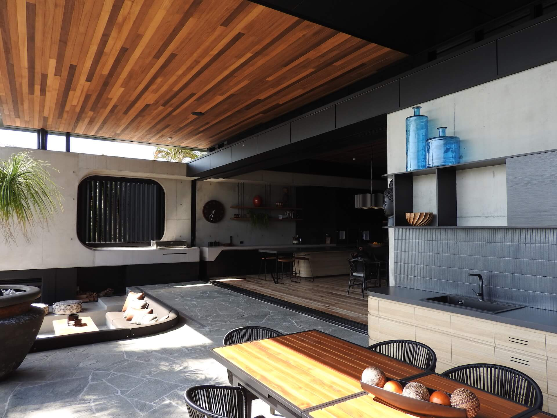 Why You Should Get An Outdoor Kitchen This Year