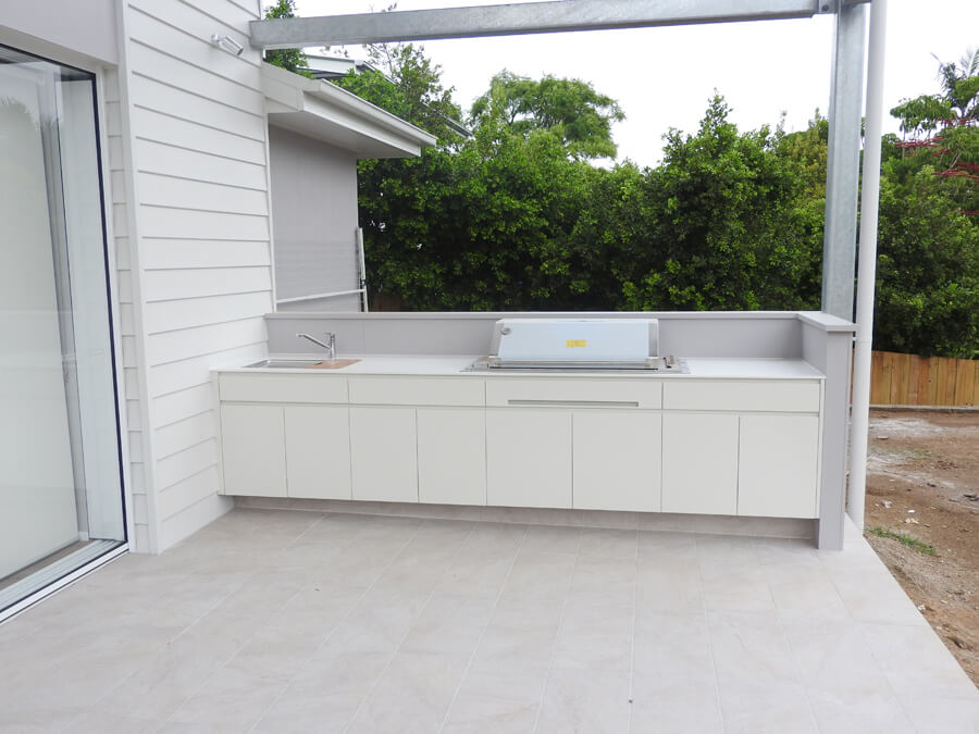 The-best-custom-made-outdoor-kitchen